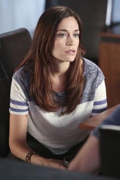 Samantha Flack - S9 E5 Misconceptions (1)