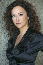 Sofia Milos (Yelina)
