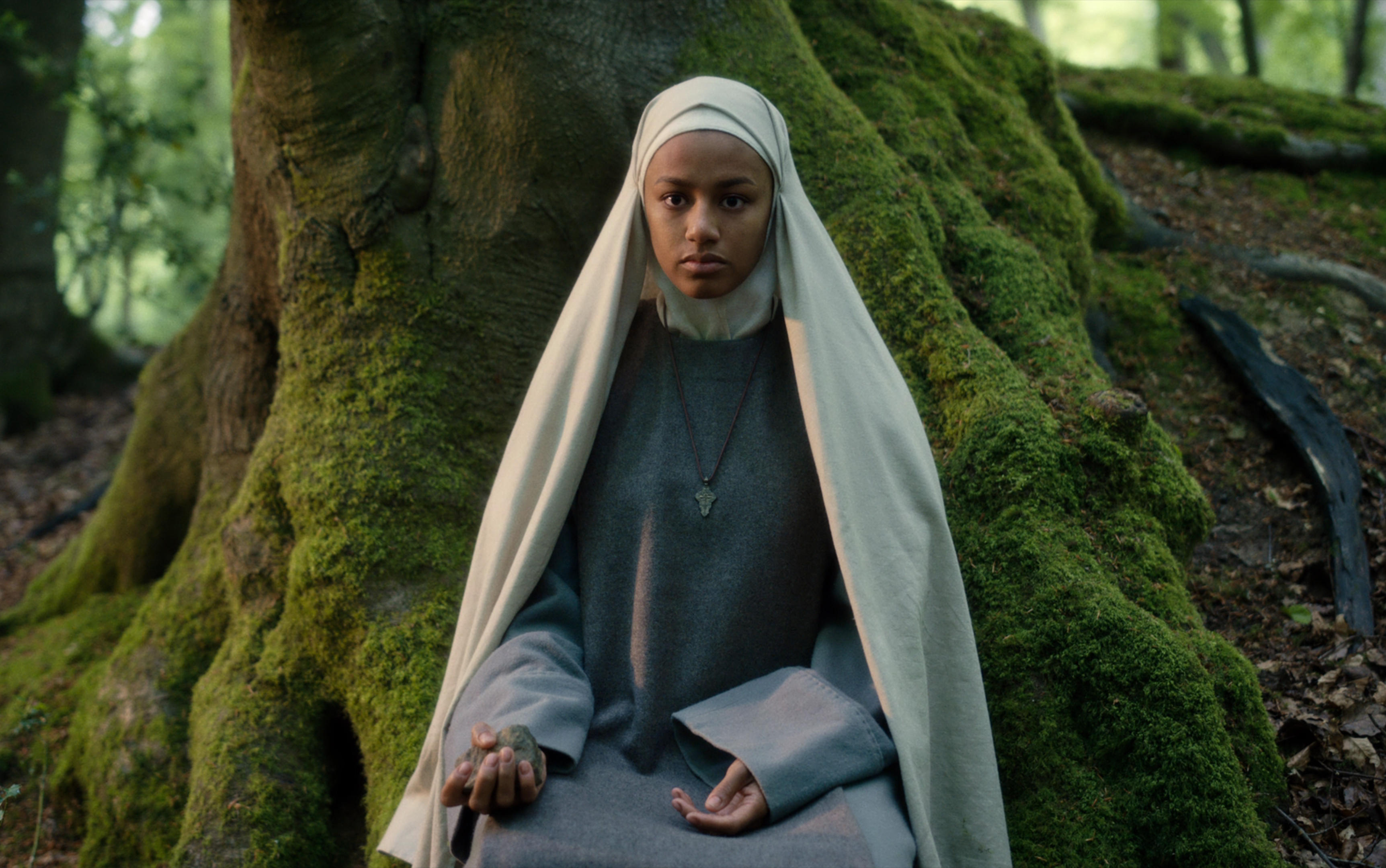 netflix cursed review feminist arthurian retelling