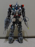 Titan (1)