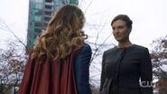Supergirl-212-lillian-luthor-evil-740x415