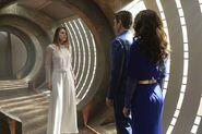 Kara Zor-El Melissa Benoist Zor-El Robert Gant and Alura In-Ze Laura Benanti-1