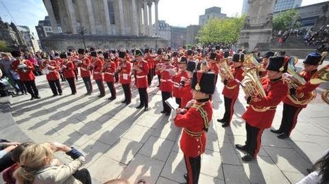 "British Army musicians flashmob ""Sing, Sing, Sing"" in Chamberlain Square, Birmingham, 21 Sep 2013"