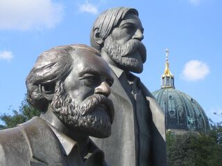 Monument to Marx and Engels