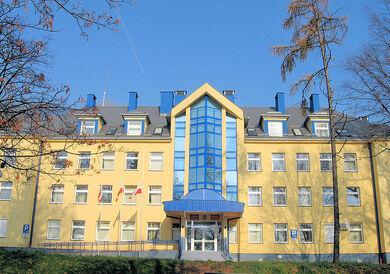 Starostwo Powiatowe w Starachowicach (front)