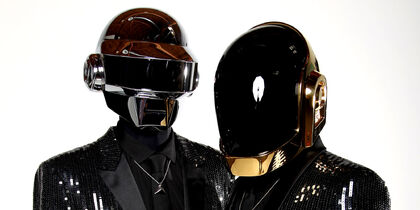 O-DAFT-PUNK-facebook