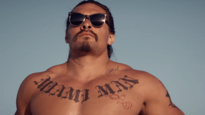 'The Bad Batch' Teaser - A Post-Apocalyptic Cannibal Love Story Starring Jason Momoa, Keanu Reeves, and Jim Carrey