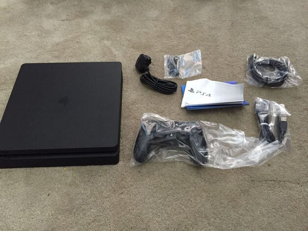 PlayStation 4 Slim PS4 Sony image
