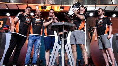 Virtus.Pro Wins ELEAGUE Season 1