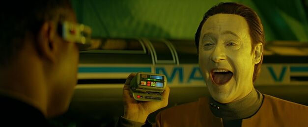 Data laughing Star Trek