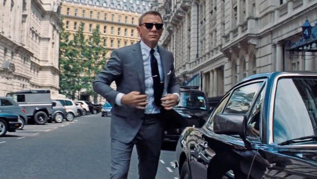 James-bond-suit