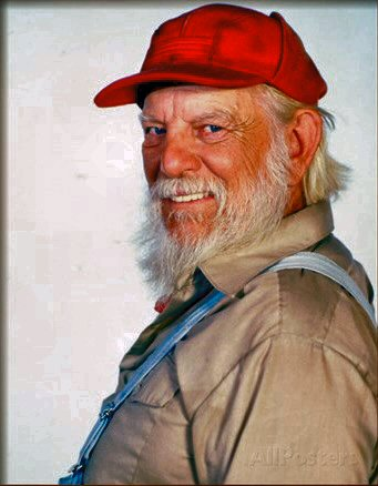 where did Denver Pyle live