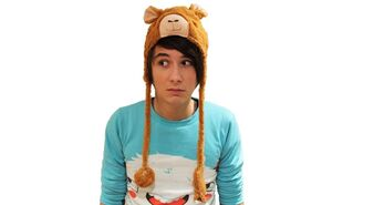 Dan-dan-howell-35129730-500-592 - Copy