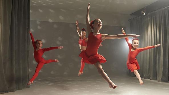 File:DanceMums BTS 072.jpg