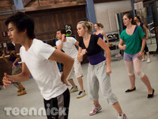 Dance-academy-family-picture-4