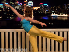 Dance-academy-learning-to-fly-part-1-picture-4