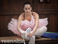 Dance-academy-pressure-picture-7