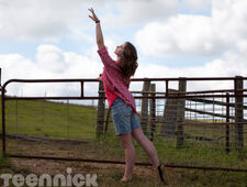 Dance-academy-learning-to-fly-part-1-picture-2