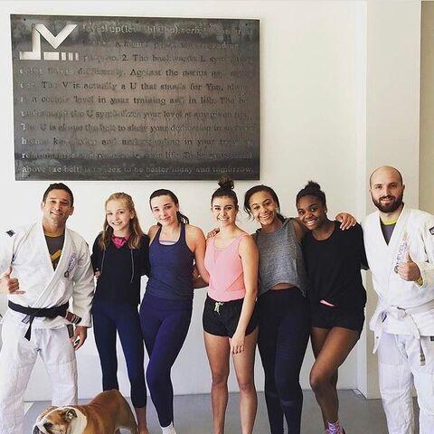 File:719 Girls at Jiu Jitsu class.jpg
