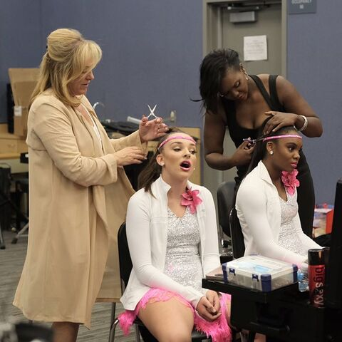 File:724 HQ - Kendall and Camryn getting ready.jpg