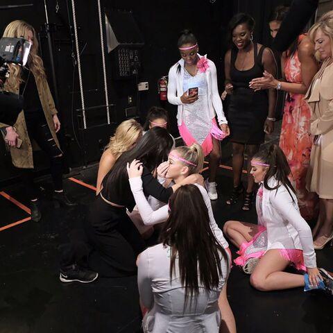 File:724 HQ - Team backstage (2).jpg