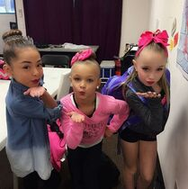 Minis Areana, Peyton and Alexus