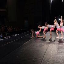 724 HQ - Group Dance (4)