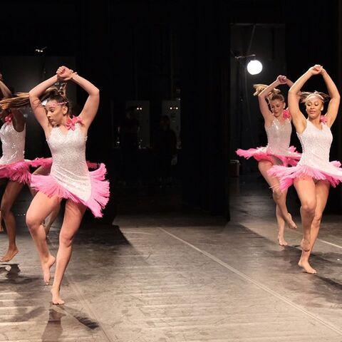File:724 HQ - Group Dance (2).jpg
