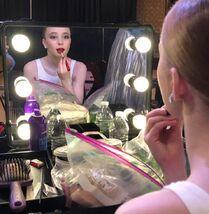 805 Savannah in dressing room