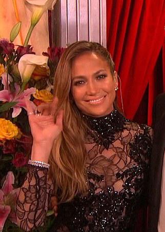 is Max dating Meryl of Jennifer Lopez