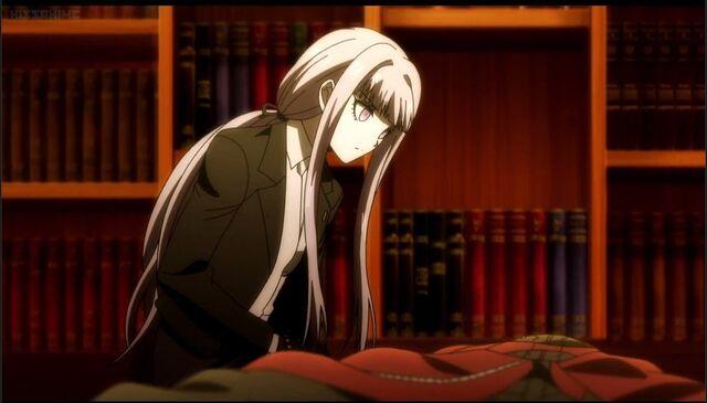 File:Kirigiri inspecting Izayoi's body.jpg