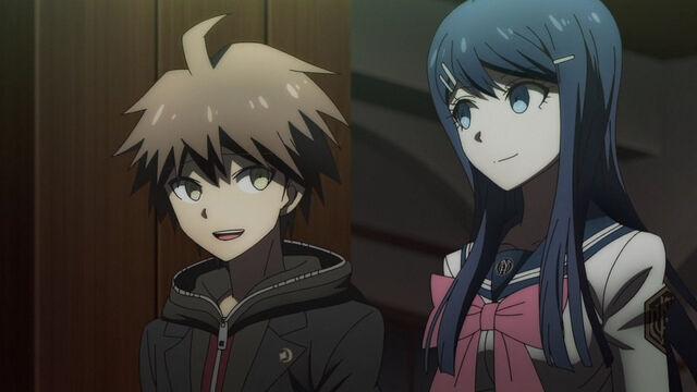 File:Makoto and Sayaka DR3D11.jpg