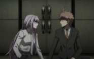 Kirigiri hold on Naegi