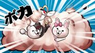 Monomi fighting Monokuma in Isalnd Mode