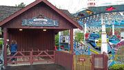 Darien Lake Raging Seas ride