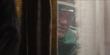 DARK 1x09 Egon1986 peeking.jpg