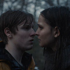 Jonas and Martha in the rain