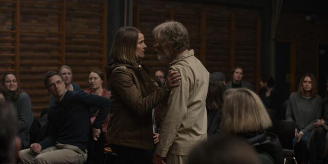 File:Dark 1x01 - Charlotte and Helge at the meeting.jpg
