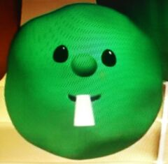 Phillippe Pea as Larry the Cucumber