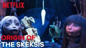 The Puppet Show Within A Puppet Show Scene The Dark Crystal Age Of Resistance