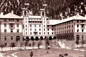 File:Hotelcolorado.jpg