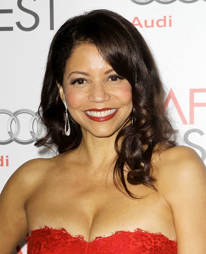 Watch Gloria Reuben video