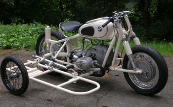 Hellcat-sidecar-01
