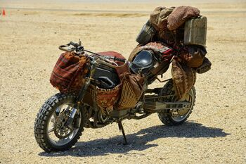 Wasteland-Bike-01