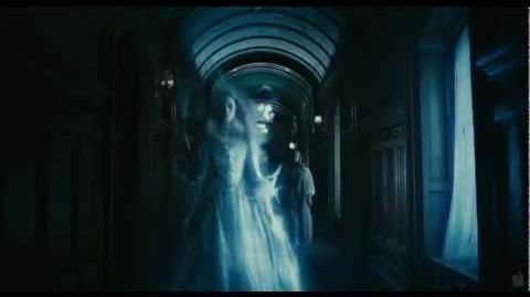 Tim Burton's Dark Shadows Trailer HD720