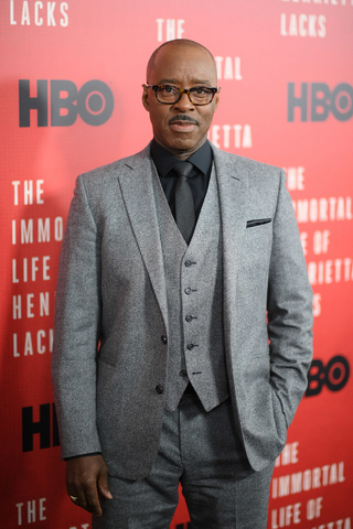 File:Courtney B. Vance.png