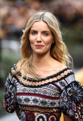 File:Annabelle Wallis.png