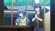 Shido and Yoshino praying