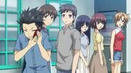 Ai,Mii,Mai looking at Hiroto