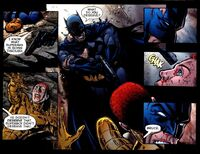 Batman perd le contrôle et pointe une arme sur Alexandre Luthor